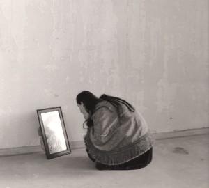 frau-spiegel